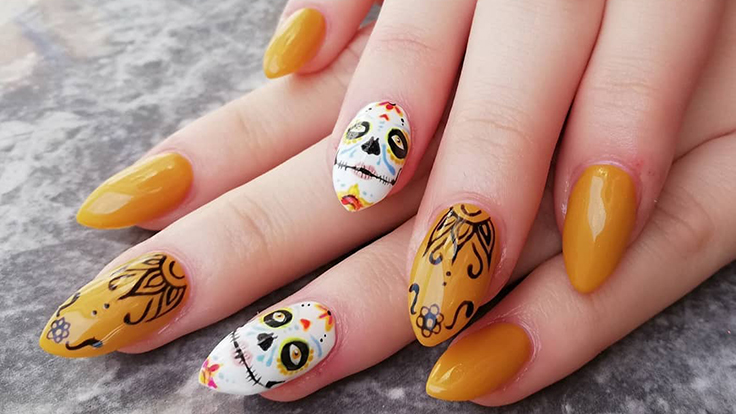 5 Halloween Manicures You Need to Try