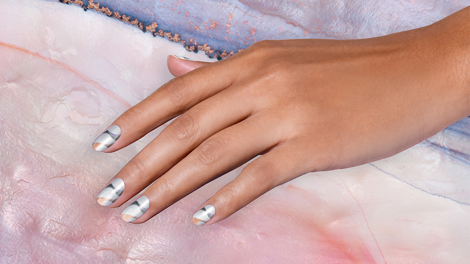 OPI Neo-Pearl Nail Art: Flex Your Mussels