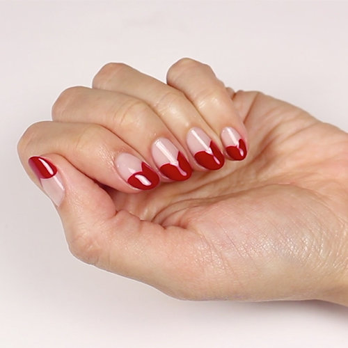 How to Prevent Smudging Your Manicure