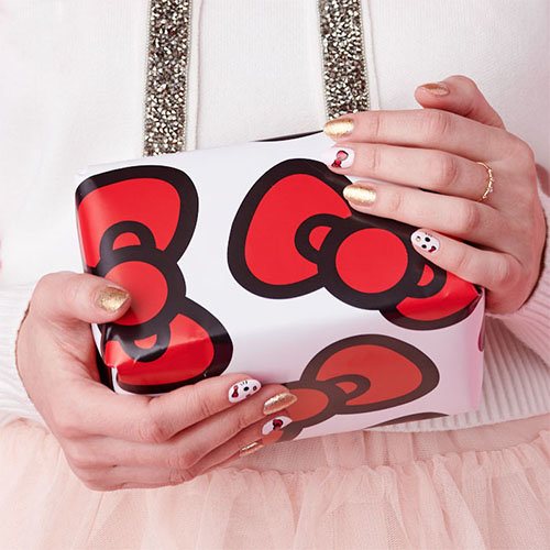 Use the shade All About the Bows for holiday nail art