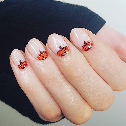 Try this pumpkin nail art look