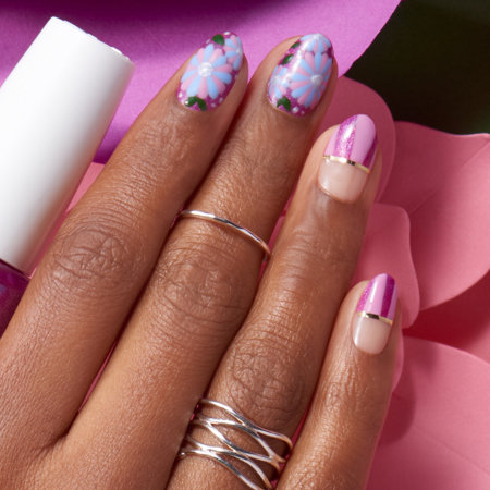 Floral Nail Art: Blushing Out Loud