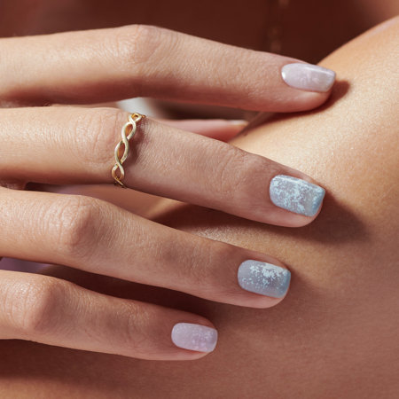 Minimal Nail Art: Chrome Skies