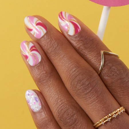 Colorblocking & Linework Nail Art: Pigment of my Imagination