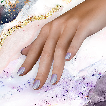 Foil Transfer Nail Art: Not Your Mother's Pearl-ple