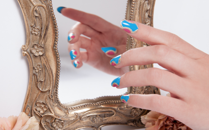#TutorialTuesday: Inspired by Alice - The Drop Blog by OPI