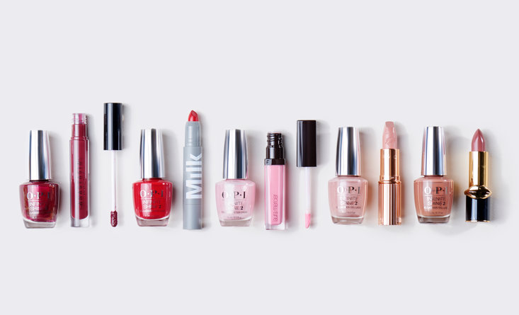 Holiday Beauty Guide: Match Your Lips to Your Tips - Blog | OPI