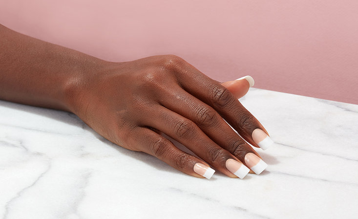 What's the Difference Between Gel and Acrylic Nails?
