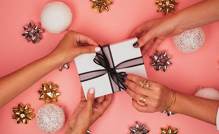 The Ultimate OPI Holiday Gift Guide