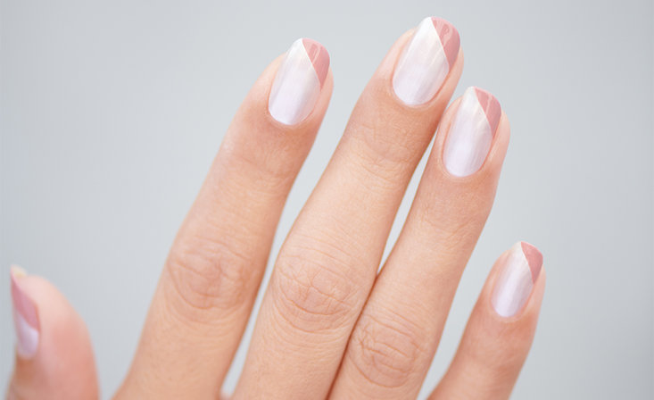 A Modern French Manicure that's Gram-Worthy