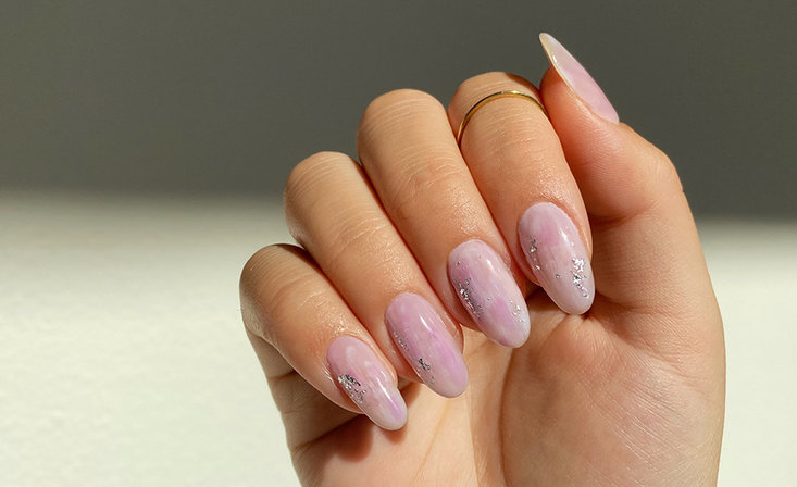 Minimalistic Nail Art Challenge for Pros