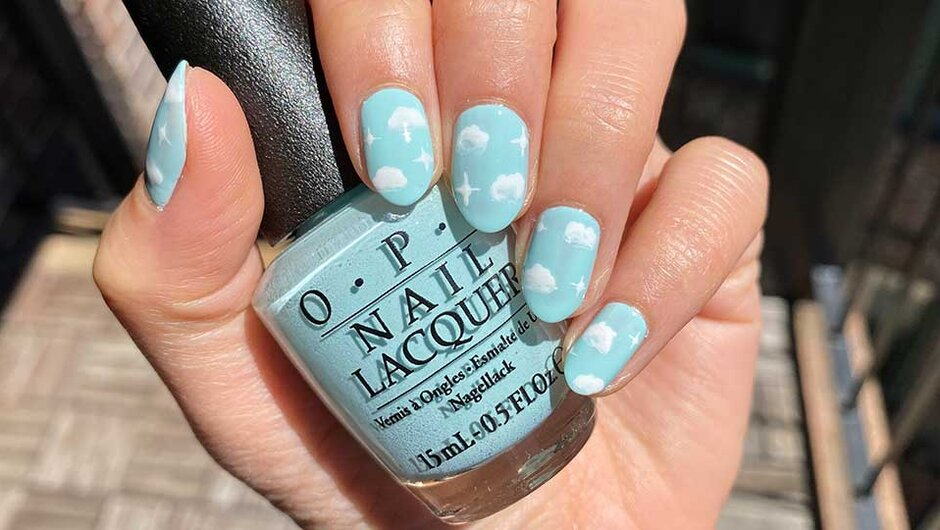 OPI Stay at Home Challenge Cloud Nail Art