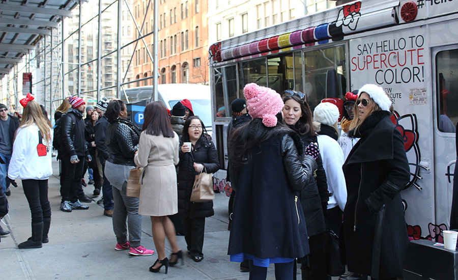 Lines in NYC for Hello Kitty by OPI food truck