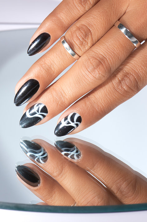 Chrome effects nail art