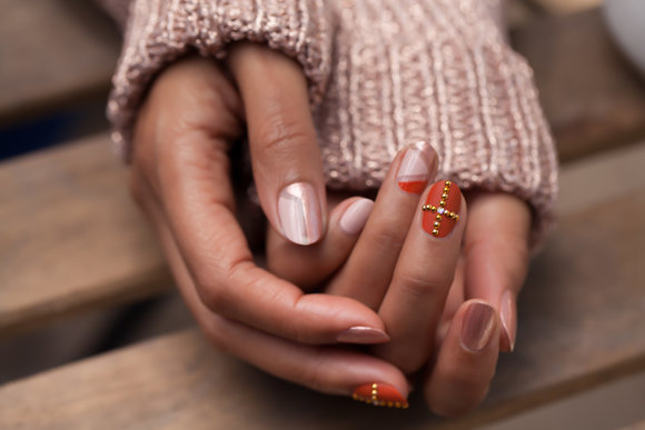 Venice Collection by OPI | Golden Rose Nail Lacquer Art