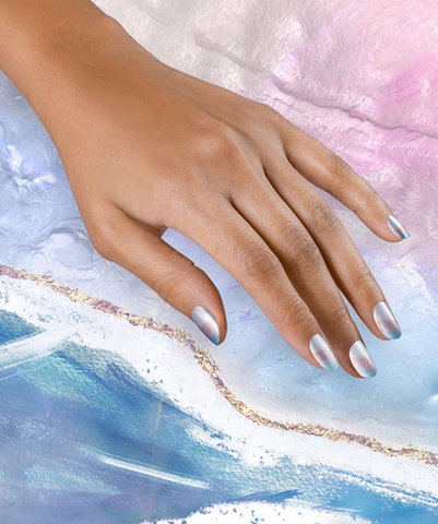 OPI Pearl-fect waves nail art