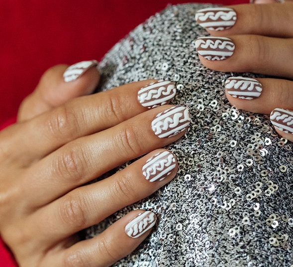 OPI Pro Nail Art Look: Sweater Weather